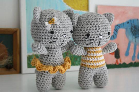 Crochet Small Cat
