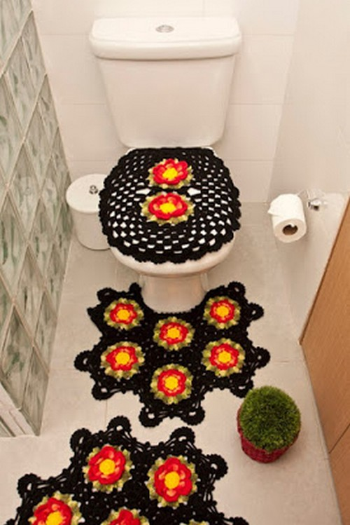 Beautiful Bathroom Flower Set In Pattern With Crochet