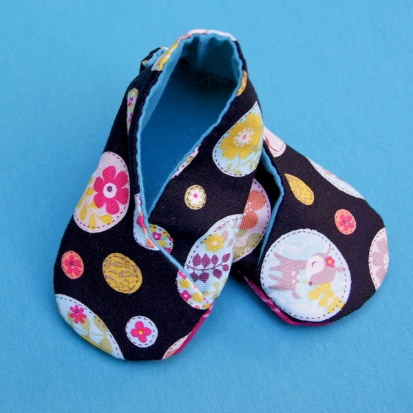 Kimono Baby Shoes And Matching Onesie