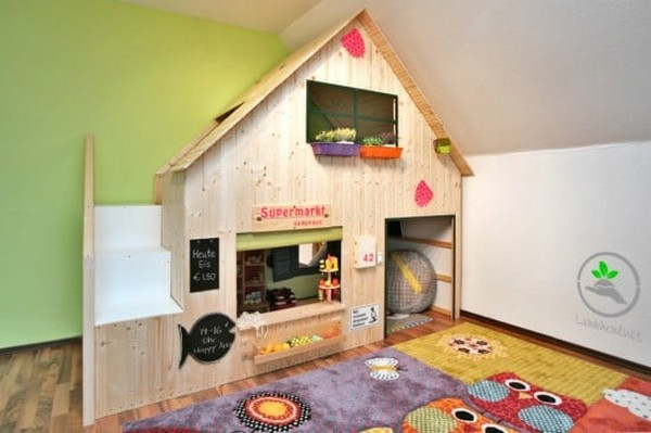 DIY Playhouse For Our Children