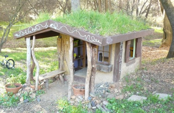 Naturally Cool Cob Playhouse