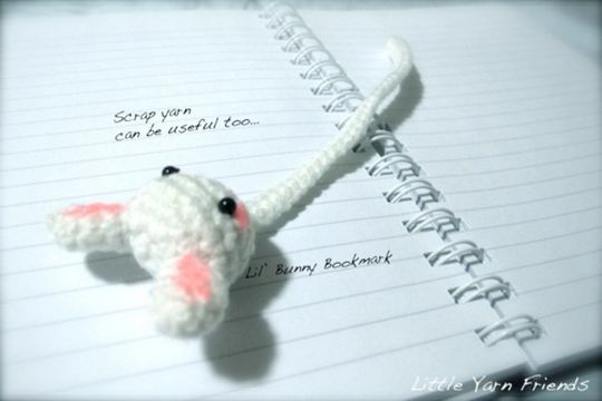 Crochet Lil' Bunny Bookmark