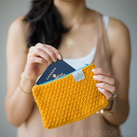 Crochet Star Stitch Clutch