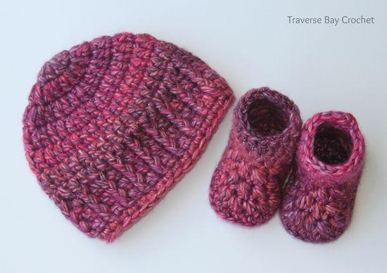 Free Crochet Delila Baby Booties Pattern