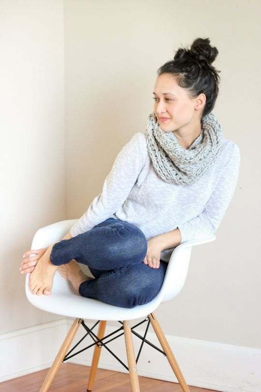 Knit-Look Chunky Crochet Cowl