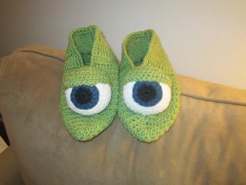 Crochet Monster Eyes Slippers