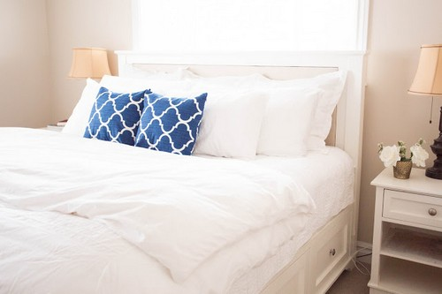 DIY Pottery Barn Storage Bed