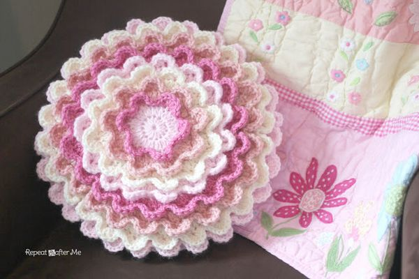 crochet blooming flower pillow