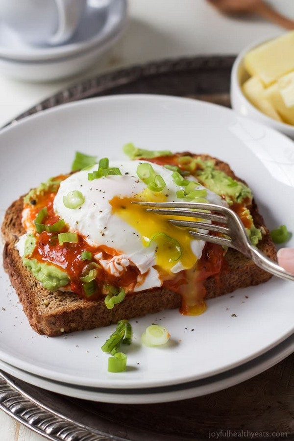 Ricotta Avocado Toast With Poached Egg
