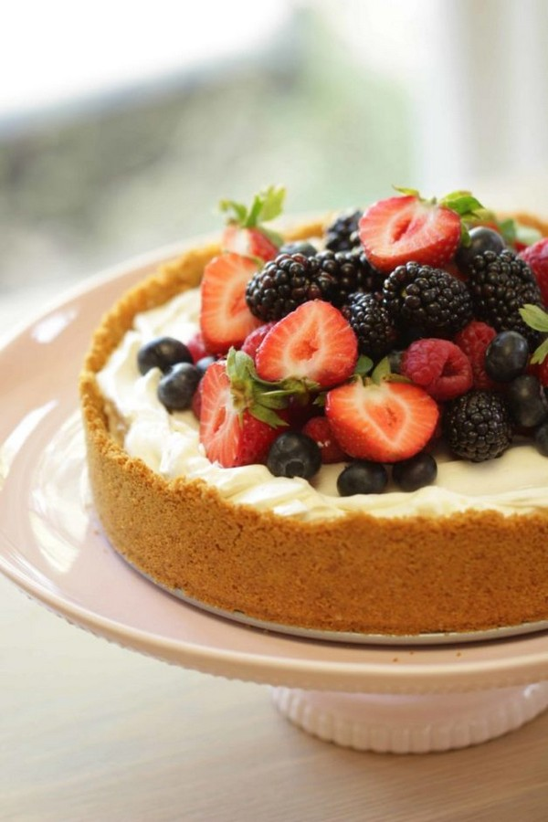 The Easiest No Bake Cheesecake With Fresh Berries