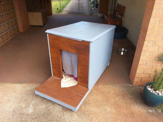 DIY Mobile Dog House Idea