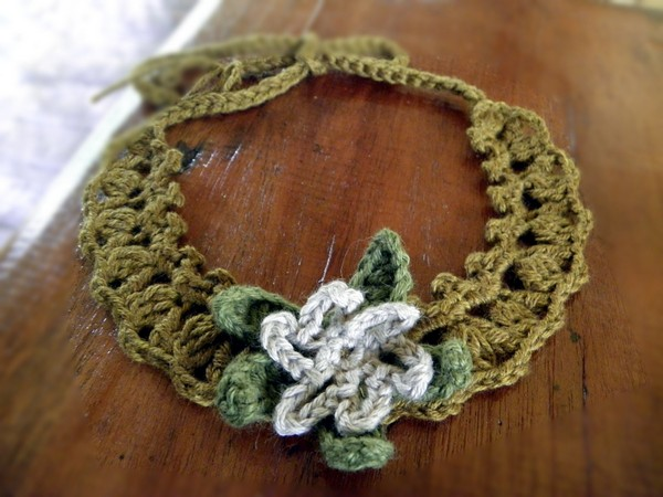 Crochet Necklace In Cotton Cashmere