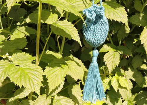Crochet Tasseled Amulet Bag