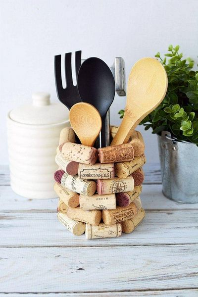DIY Kitchen Utensil Holder With Wine Cork