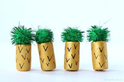 Pineapple DIY Wine Cork Craft Idea