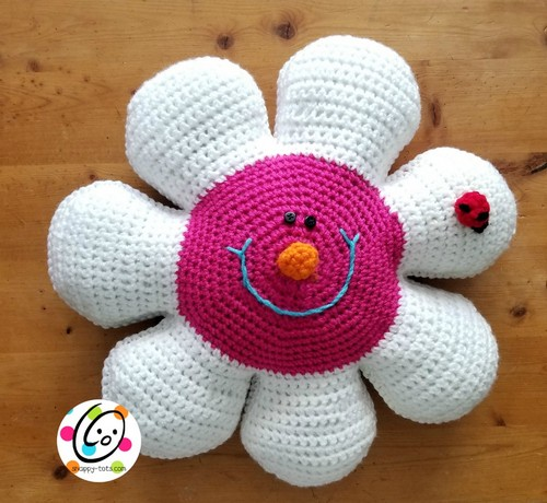 Crochet Daisy Pillow And Placemat