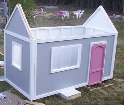 Build A Simple DIY Playhouse With Back Wall