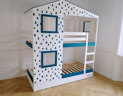 DIY Playhouse Bed For Two Kids