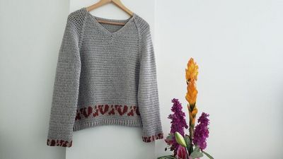 Free Crochet Bandia Cozy Sweater Pattern For Winter