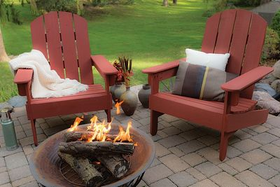 DIY Adirondack Chair With Fire Pit