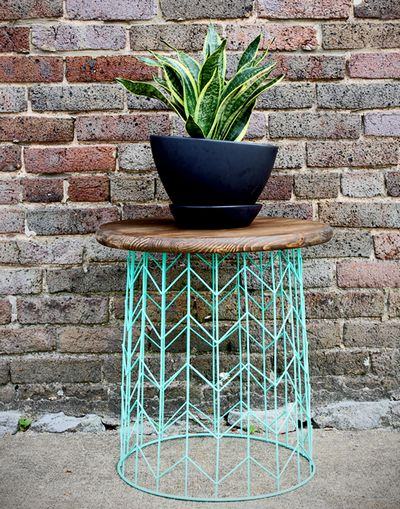 How To Make A Wire Basket Side Table