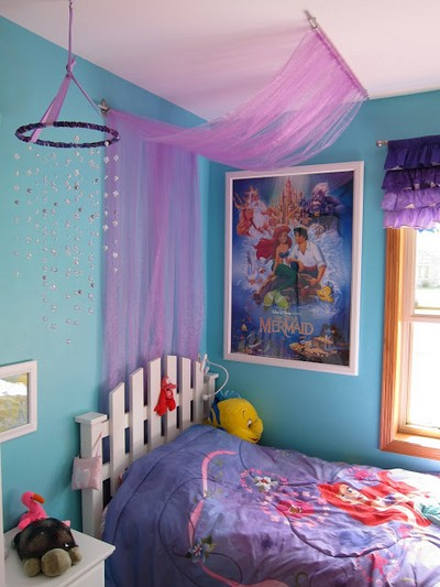 Easy Tulle Canopy