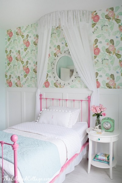 No-Sew Bed Canopy